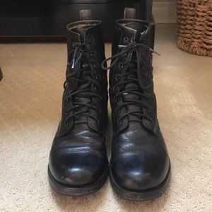 Frye Shoes - Frye Victoria Combat